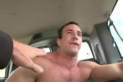 Phim sex vn long tieng BAIT BUS - Muscle Hunk Gets His Dick