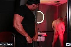 Gay sex tap the bố chồng hiếp dâm con dâu trong một kỳ nghỉ dưỡng